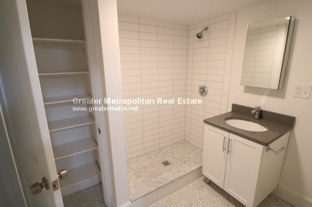 2 Bedrooms, Coolidge Corner Rental in Boston, MA for $2,950 - Photo 2