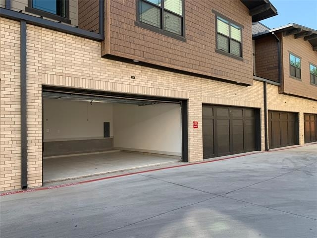 2 Bedrooms, Vickery Place Rental in Dallas for $2,838 - Photo 2