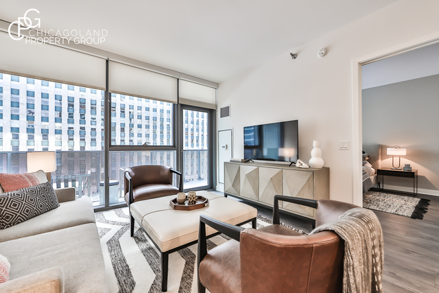 1 Bedroom, River North Rental in Chicago, IL for $2,410 - Photo 1