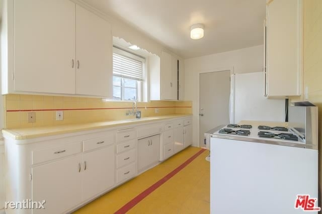 2 Bedrooms, Westwood Rental in Los Angeles, CA for $3,500 - Photo 1