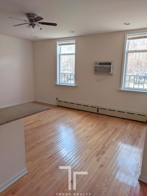 Studio, Ravenswood Rental in Chicago, IL for $893 - Photo 1