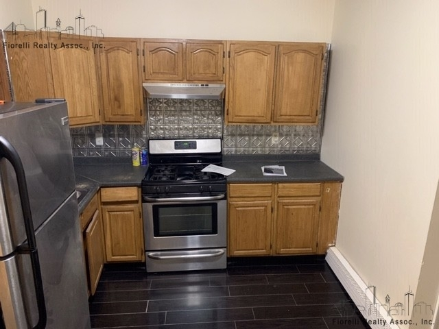 3 Bedrooms, Teele Square Rental in Boston, MA for $2,600 - Photo 1