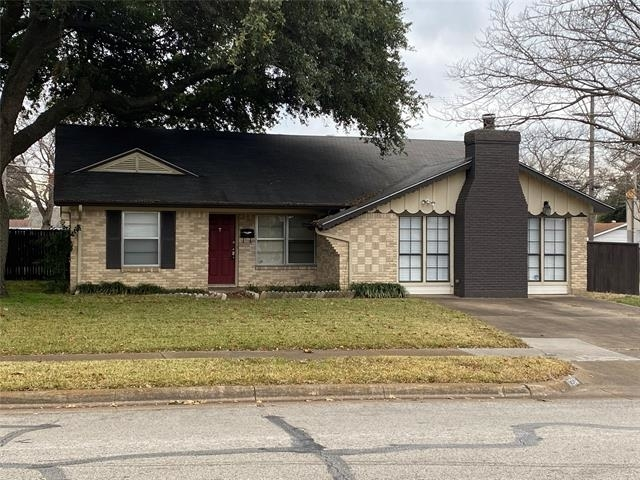 3 Bedrooms, Highland Meadows Rental in Dallas for $1,795 - Photo 2