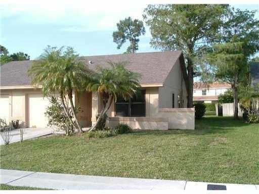 3 Bedrooms, Sugar Pond Manor of Wellington Rental in Miami, FL for $1,750 - Photo 1