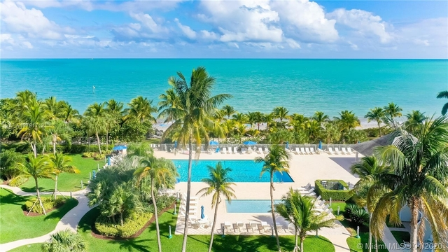 2 Bedrooms, Village of Key Biscayne Rental in Miami, FL for $4,500 - Photo 2