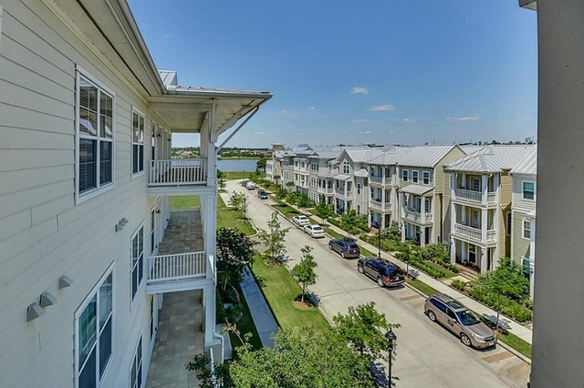 2 Bedrooms, East Shore Rental in Houston for $2,800 - Photo 1