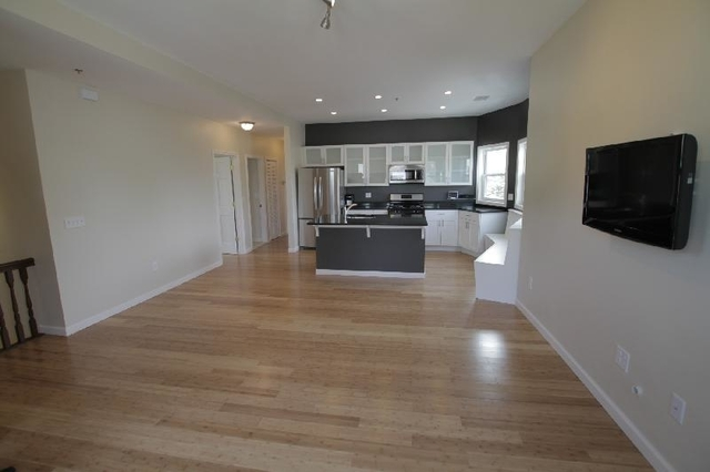 4 Bedrooms, Hyde Square Rental in Boston, MA for $4,000 - Photo 2