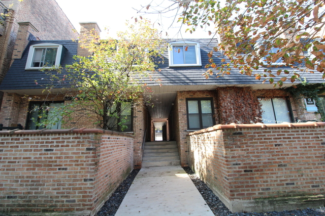 3 Bedrooms, Wrightwood Rental in Chicago, IL for $2,579 - Photo 1