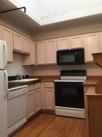 1 Bedroom, Back Bay East Rental in Boston, MA for $3,450 - Photo 2
