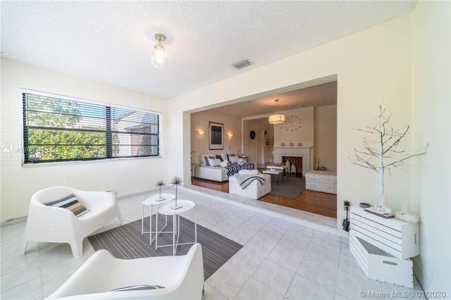 3 Bedrooms, Flagler Rental in Miami, FL for $2,900 - Photo 2