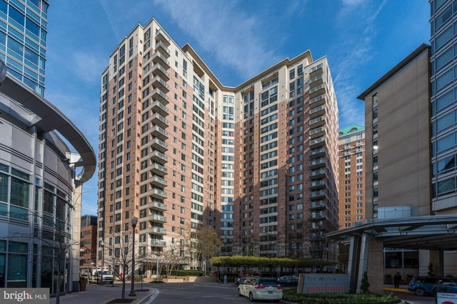 2 Bedrooms, Ballston - Virginia Square Rental in Washington, DC for $3,400 - Photo 1