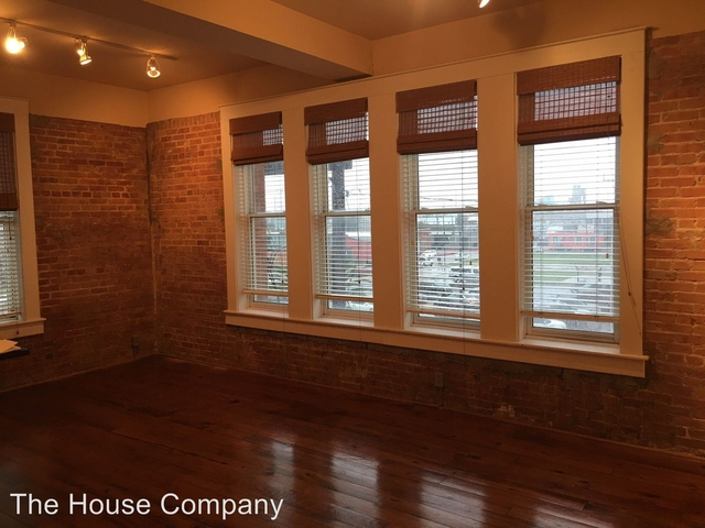 2 Bedrooms, The Strand Rental in Houston for $1,750 - Photo 2