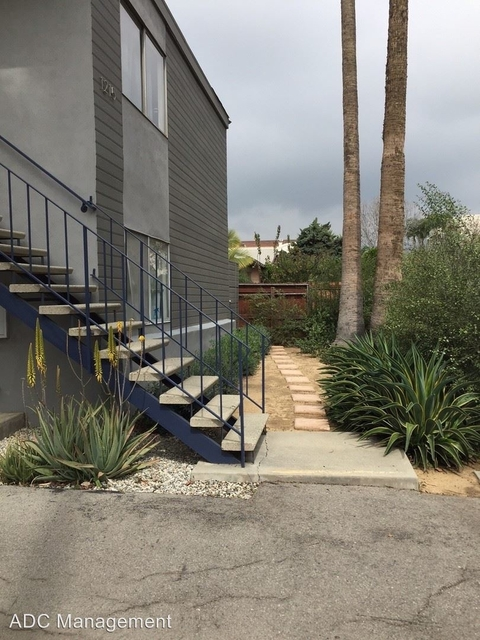 2 Bedrooms, Central Hollywood Rental in Los Angeles, CA for $2,255 - Photo 1
