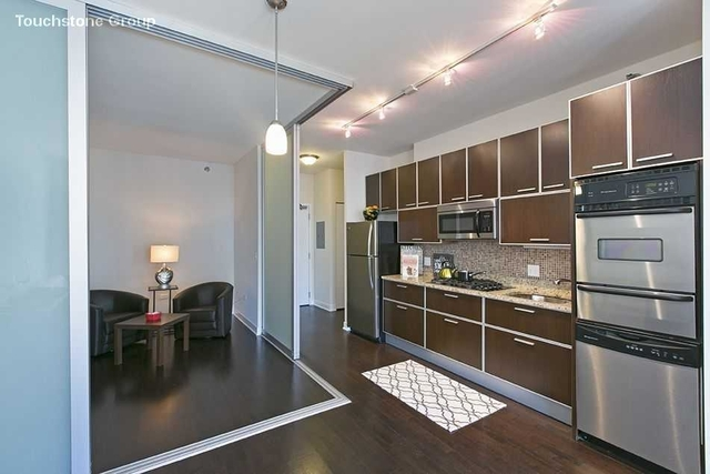 1 Bedroom, Fulton River District Rental in Chicago, IL for $2,303 - Photo 1
