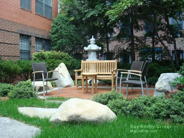 2 Bedrooms, Prudential - St. Botolph Rental in Boston, MA for $4,472 - Photo 2