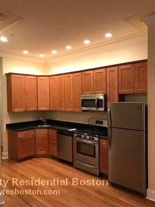 2 Bedrooms, D Street - West Broadway Rental in Boston, MA for $3,100 - Photo 1
