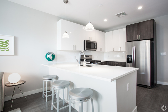 1 Bedroom, Quincy Center Rental in Boston, MA for $2,299 - Photo 1