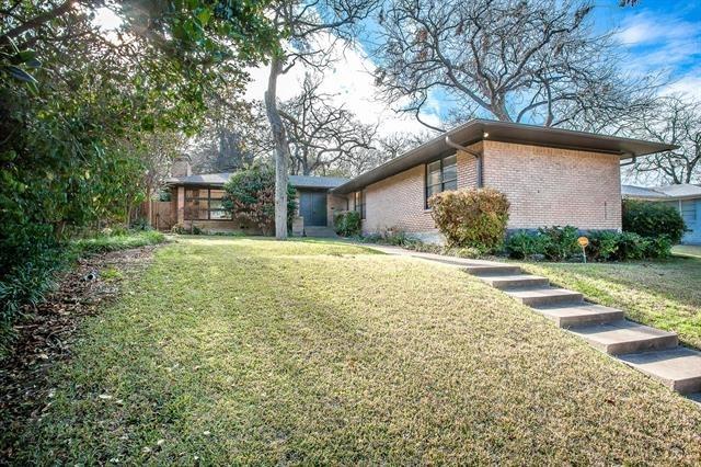 3 Bedrooms, Northeast Dallas Rental in Dallas for $3,295 - Photo 2