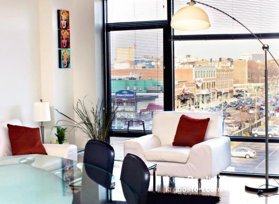 1 Bedroom, West Fens Rental in Boston, MA for $3,509 - Photo 2