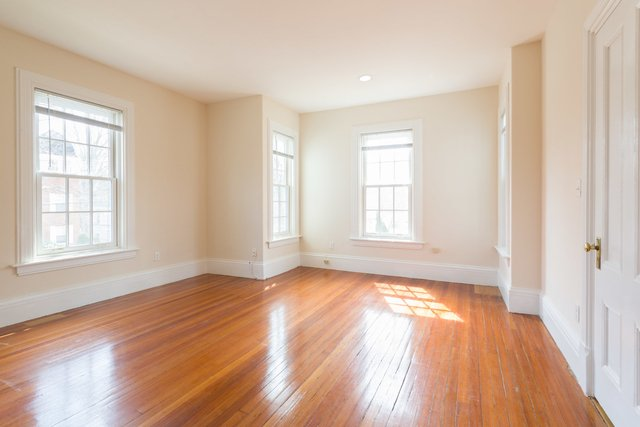 5 Bedrooms, Newtonville Rental in Boston, MA for $3,900 - Photo 1