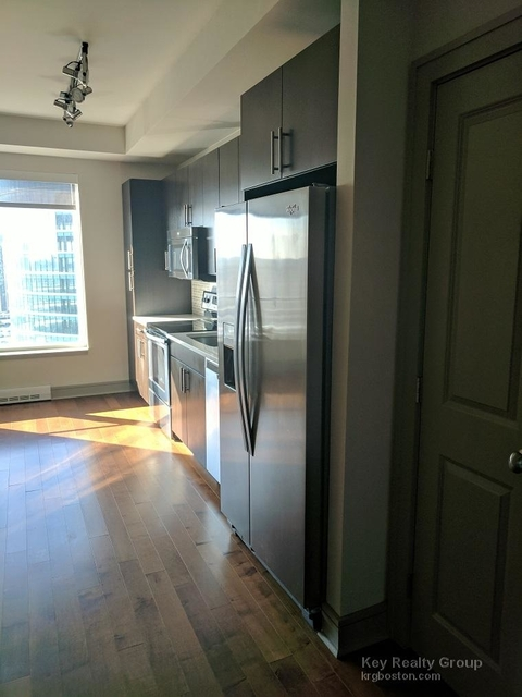 1 Bedroom, Seaport District Rental in Boston, MA for $4,100 - Photo 2