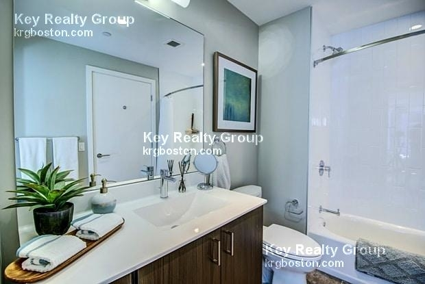 2 Bedrooms, Seaport District Rental in Boston, MA for $5,197 - Photo 1