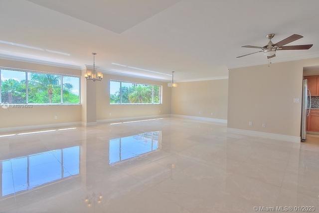3 Bedrooms, Village of Key Biscayne Rental in Miami, FL for $5,000 - Photo 1