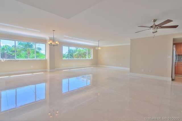 3 Bedrooms, Village of Key Biscayne Rental in Miami, FL for $5,200 - Photo 1