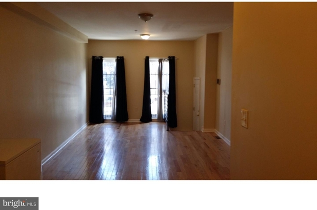 4 Bedrooms, North Philadelphia West Rental in Philadelphia, PA for $2,100 - Photo 2