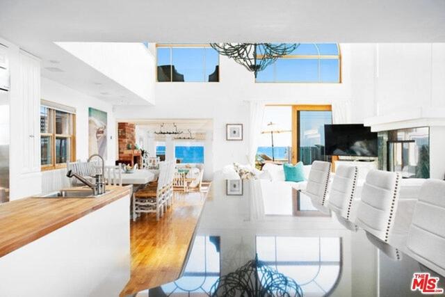 6 Bedrooms, Eastern Malibu Rental in Los Angeles, CA for $40,000 - Photo 2