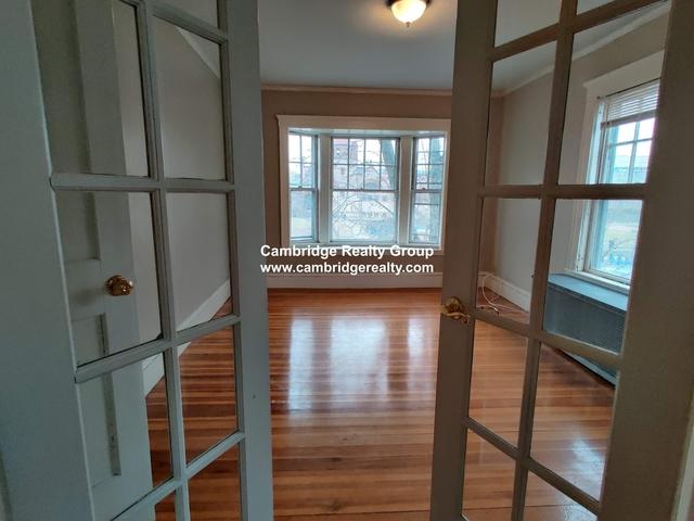 2 Bedrooms, Mid-Cambridge Rental in Boston, MA for $3,000 - Photo 2