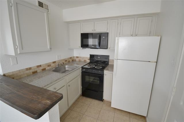 1 Bedroom, Boulder Creek Apartment Rental in Dallas for $700 - Photo 2