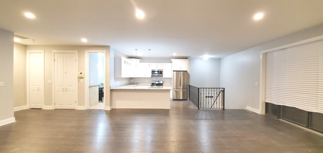 3 Bedrooms, Grand Boulevard Rental in Chicago, IL for $2,600 - Photo 2