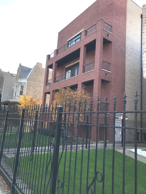 3 Bedrooms, Grand Boulevard Rental in Chicago, IL for $2,600 - Photo 1