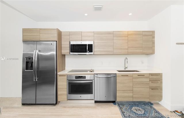 1 Bedroom, Little San Juan Rental in Miami, FL for $2,100 - Photo 2