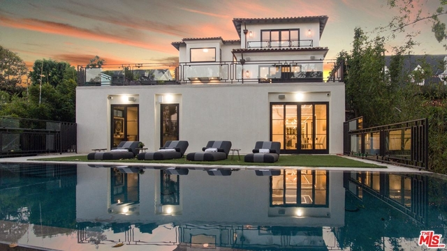 6 Bedrooms, Brentwood Rental in Los Angeles, CA for $50,000 - Photo 1