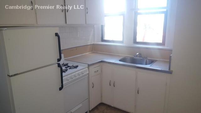 2 Bedrooms, Riverside Rental in Boston, MA for $2,600 - Photo 1