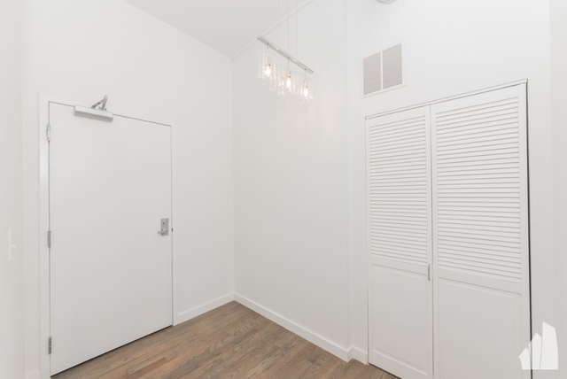 1 Bedroom, Fulton River District Rental in Chicago, IL for $1,900 - Photo 2