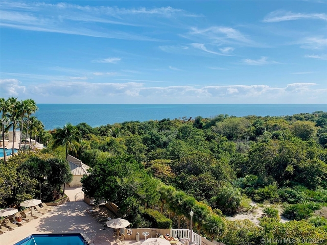 2 Bedrooms, Village of Key Biscayne Rental in Miami, FL for $5,500 - Photo 2