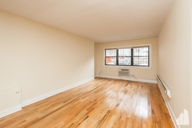 1 Bedroom, Gold Coast Rental in Chicago, IL for $1,550 - Photo 2