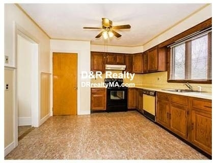 5 Bedrooms, Spring Hill Rental in Boston, MA for $4,600 - Photo 1