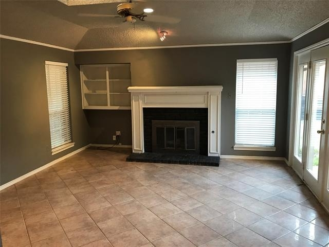 3 Bedrooms, Highland Meadows Rental in Dallas for $1,850 - Photo 2