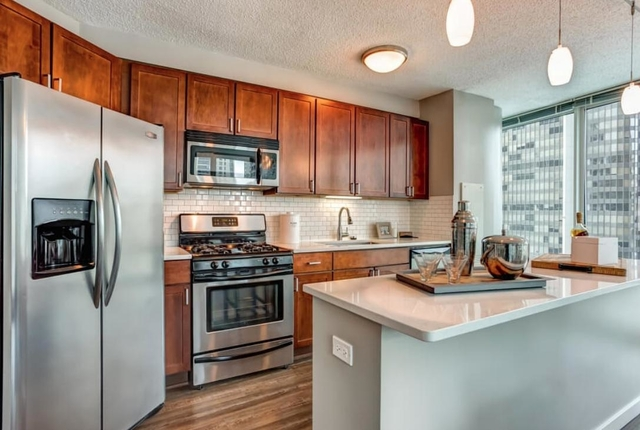 1 Bedroom, Gold Coast Rental in Chicago, IL for $2,769 - Photo 1