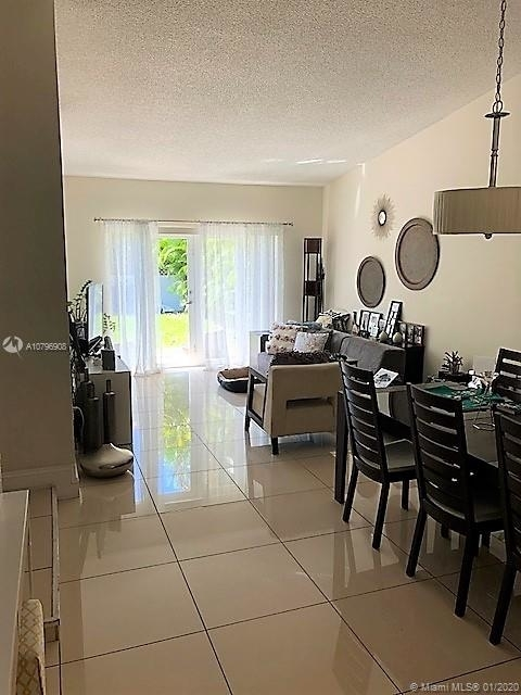 3 Bedrooms, Coral Gables Section Rental in Miami, FL for $2,850 - Photo 2