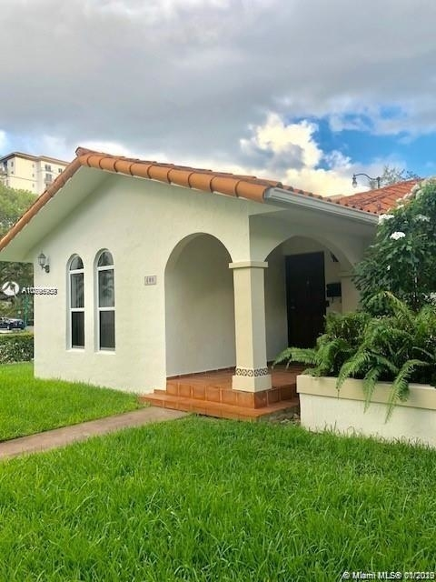 3 Bedrooms, Coral Gables Section Rental in Miami, FL for $2,850 - Photo 1