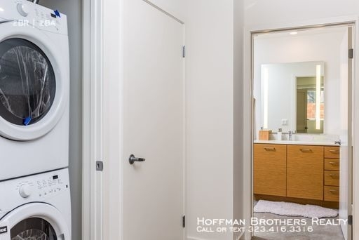 2 Bedrooms, NoHo Arts District Rental in Los Angeles, CA for $2,695 - Photo 2