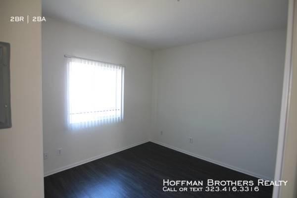 2 Bedrooms, Rampart Village Rental in Los Angeles, CA for $2,295 - Photo 2
