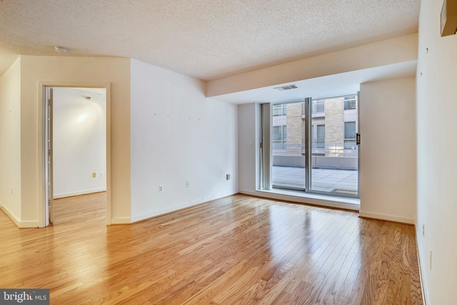 2 Bedrooms, West End Rental in Washington, DC for $3,600 - Photo 1