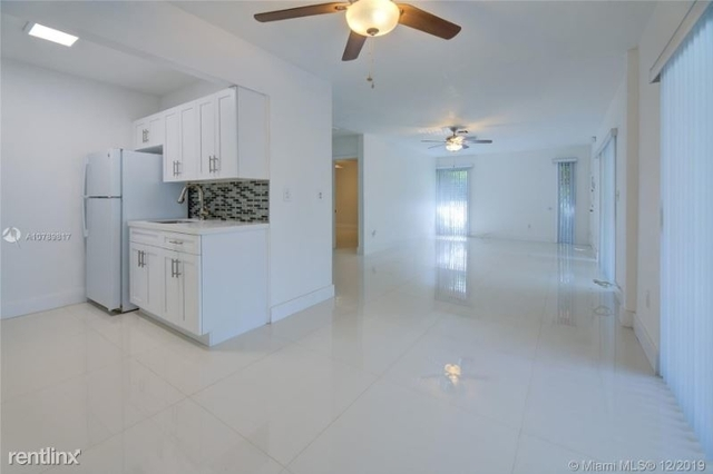 2 Bedrooms, Coral Gables Section Rental in Miami, FL for $2,300 - Photo 2