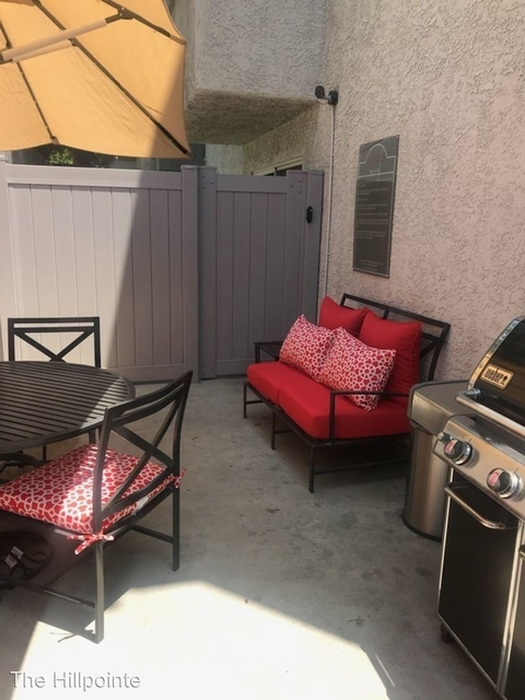 2 Bedrooms, Hollywood Dell Rental in Los Angeles, CA for $2,595 - Photo 2